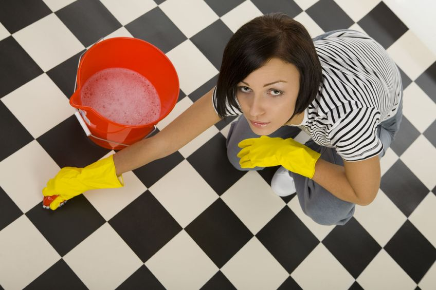 avoiding cleaning injuries