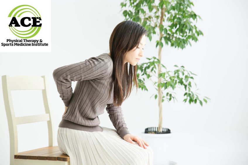 80851746 - women of low back pain